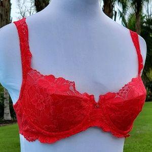 Victoria's Secret lace red bra sz 33D